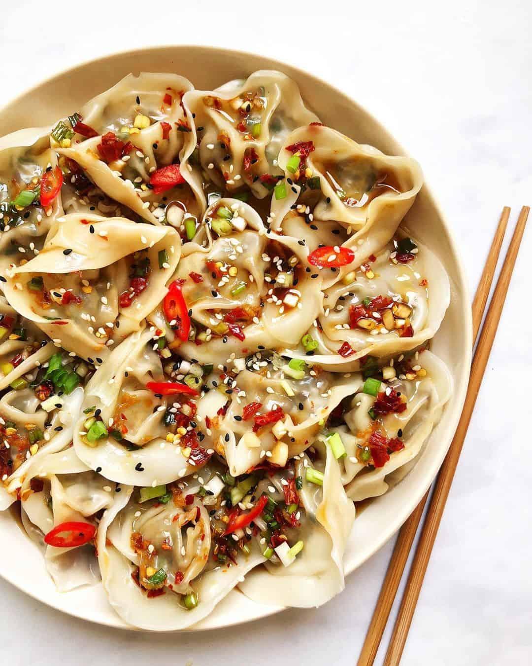 Chestnut Mushroom Dumplings with Spicy Chili Oil Sauce