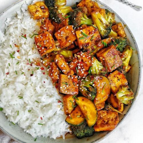 Broccoli & Zucchini Tofu BBQ Stir Fry
