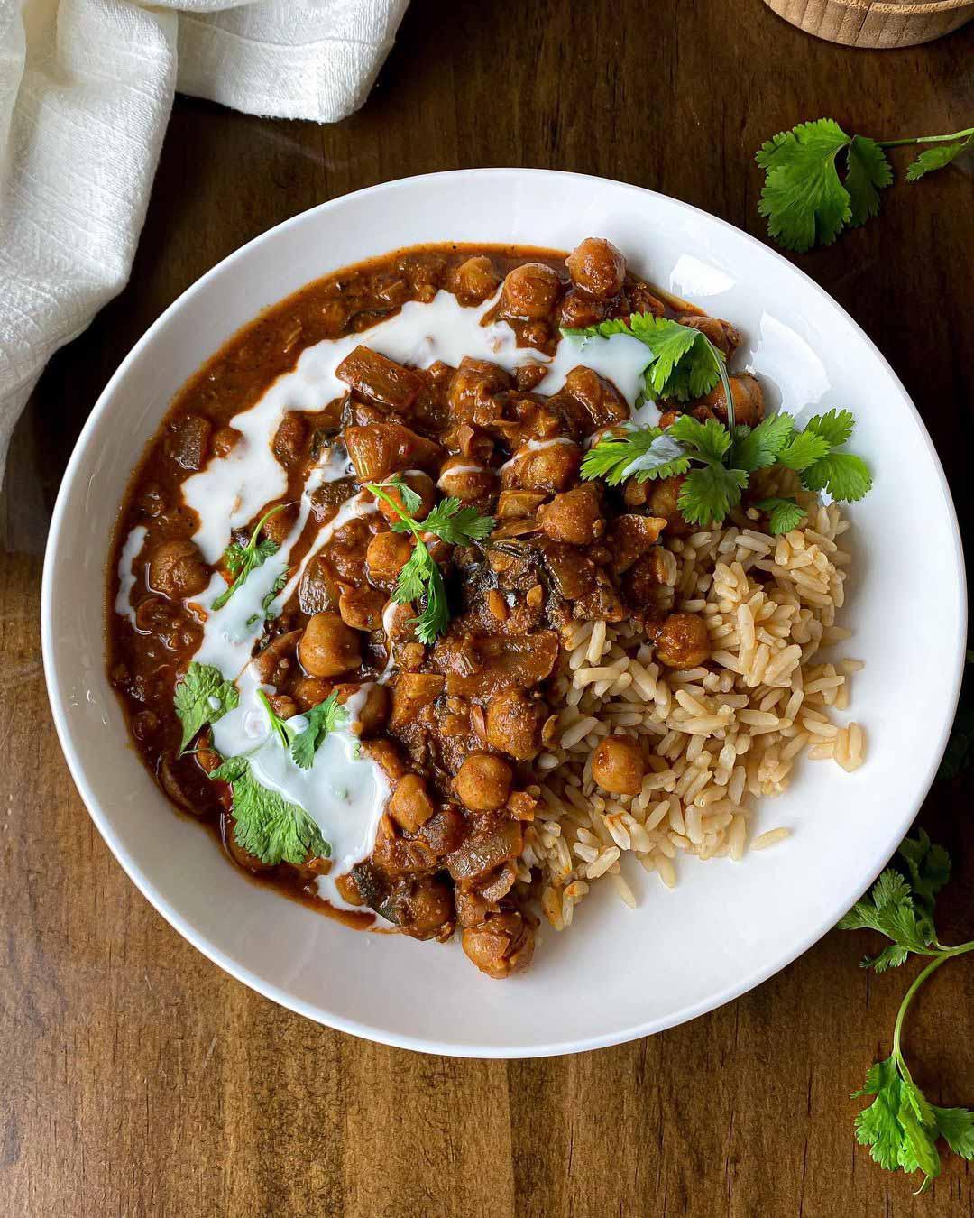 Cozy Harissa Chickpea Stew