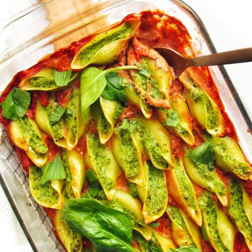 Spinach & Cauliflower Cream Stuffed Pasta Shells