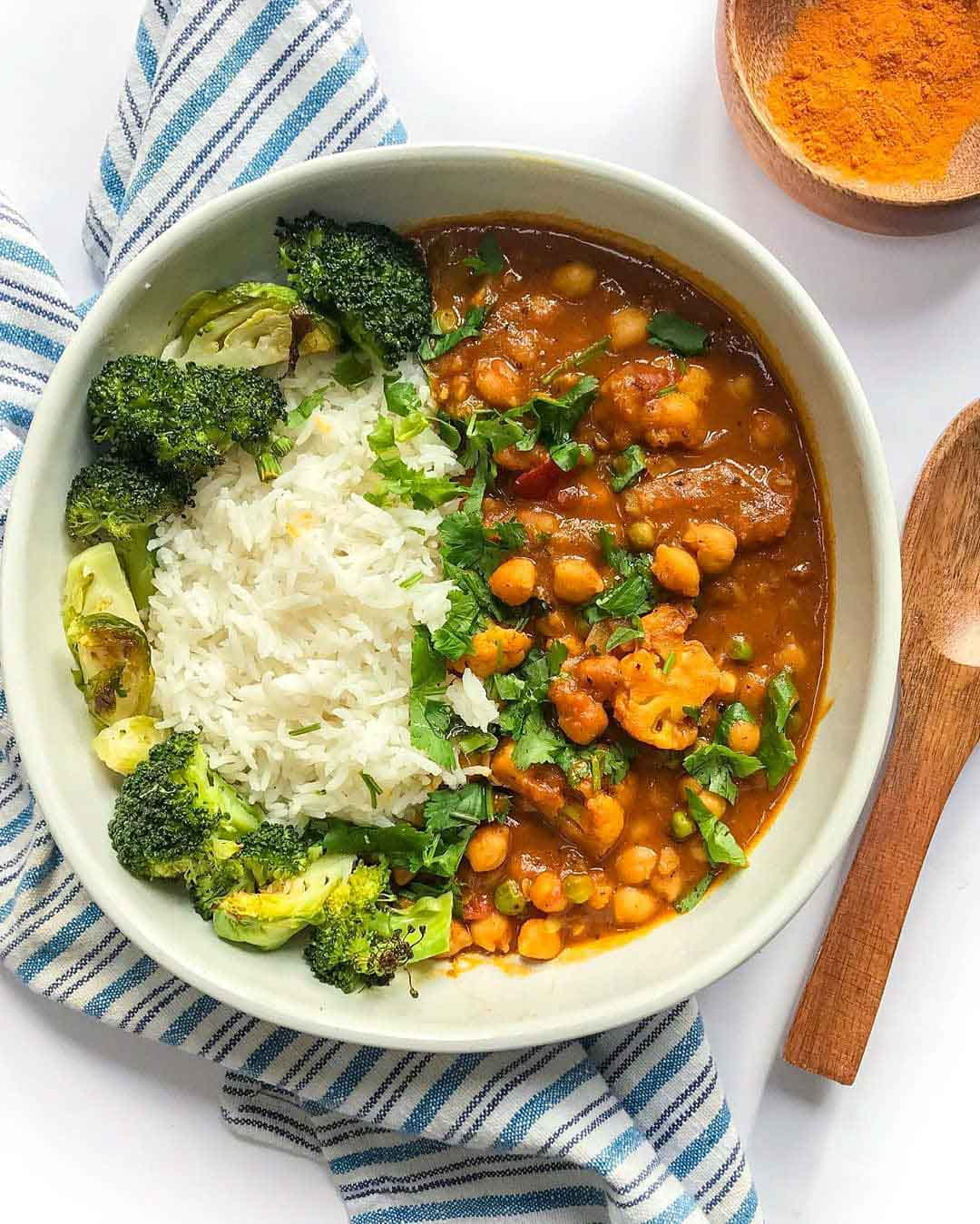 Coconut Curry Chickpeas with Cauliflower