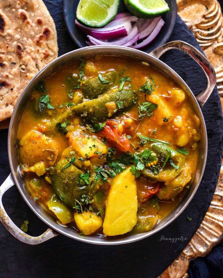 One-Pot Potato and Bell Pepper Curry